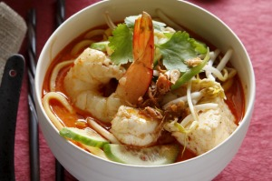 Speedy spicy prawn laksa.