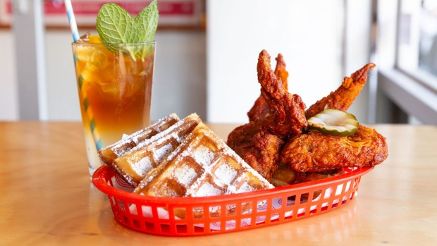Nashville-style fried chicken and waffles: a recurring weekend available at Belles Hot Chicken.
