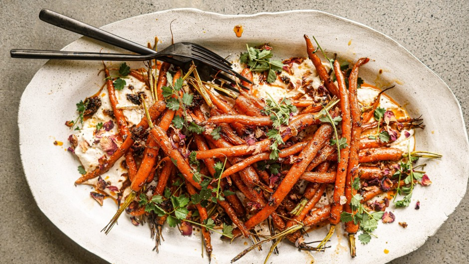 This carrot salad is vegan-friendly.