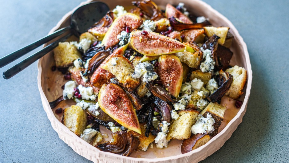 Slow-roasted onions, toasted sourdough, fresh figs and goat's cheese intermingle in this sweet and shiny salad.