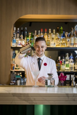 WEND FOOD:  Bartender at Maybe Sammy making a martini with the Procera African juniper gin. December 10, 2020. Photo by ...