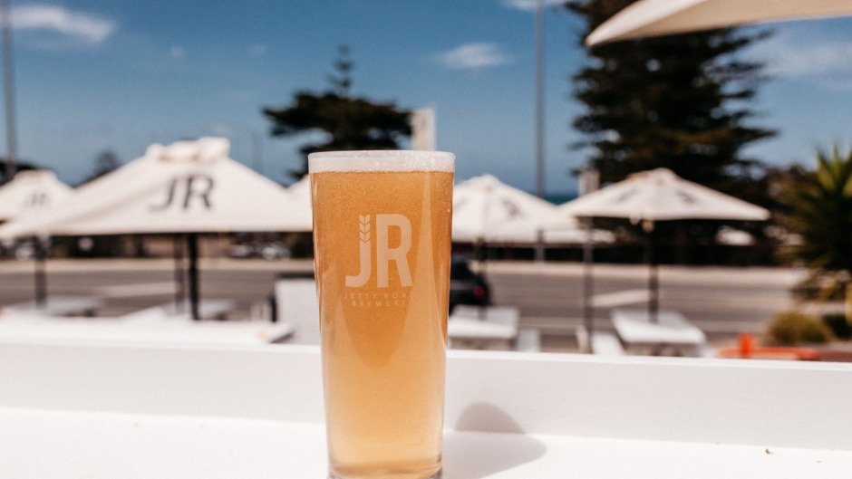 The Jetty Road team have opened a pop-up in Lorne until Easter and maybe beyond.