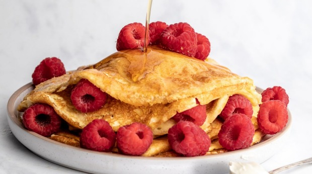 Raspberry and Vanilla Pancakes Beef Skewers Breaded Fish Stuffed Jalapenopoppers Lemon Pound Cakes Raspberry and Vanilla Pancakes This is an edited excerpt from Aaron Day's Healthy Keto Air Fryer Cookbook, reprinted with permission from Alpha Books, a division of Penguin Random House LLC.  Photo credit: Copyright © Alpha: Aaron Day, 2021 single use