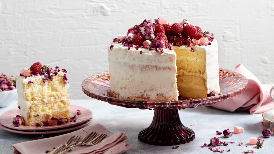 Feather-light sponge cake decorated with Turkish delight, rose petals and raspberries.