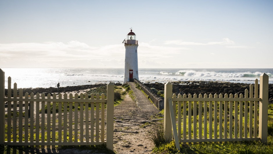 Pack a picnic and walk to the lighthouse on Griffith Island.