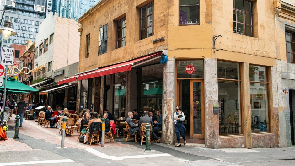 Rediscover the eternal outdoor dining strip of Hardware Lane.