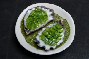 Mimosa oyster with mouse melons.