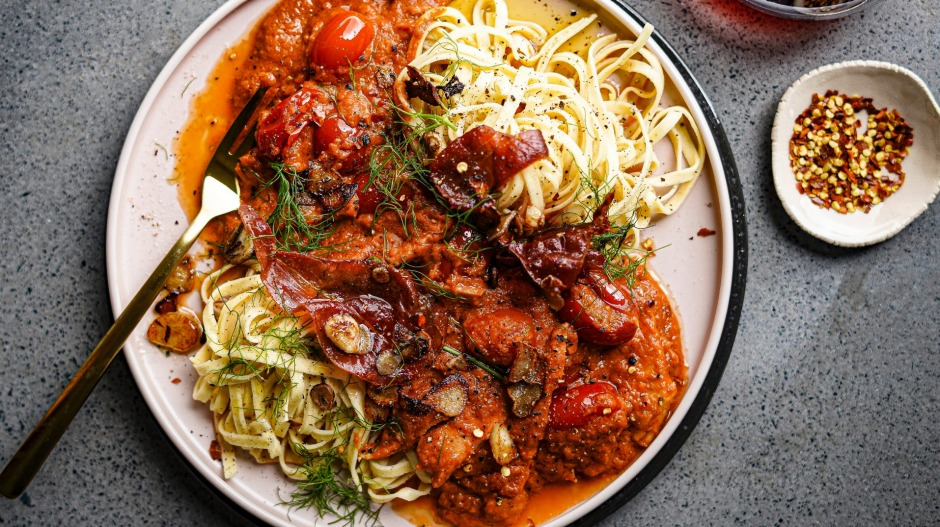 Blitz up some roasted fennel and tinned tomatoes for this pantry pasta.