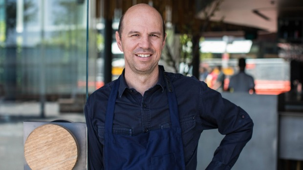 Chef and restaurateur Brent Savage says he wishes the federal government had restarted JobKeeper for Sydney's current ...