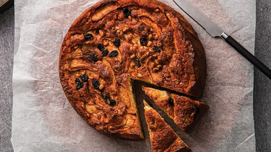 Sweet and simple: Everyone will enjoy this classic teacake.