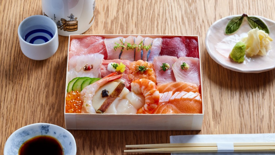 Lockdown lunch doesn't get more luxe: Simulation Senpai's hoseki bako, 15 pieces of 'treasures from the sea'.