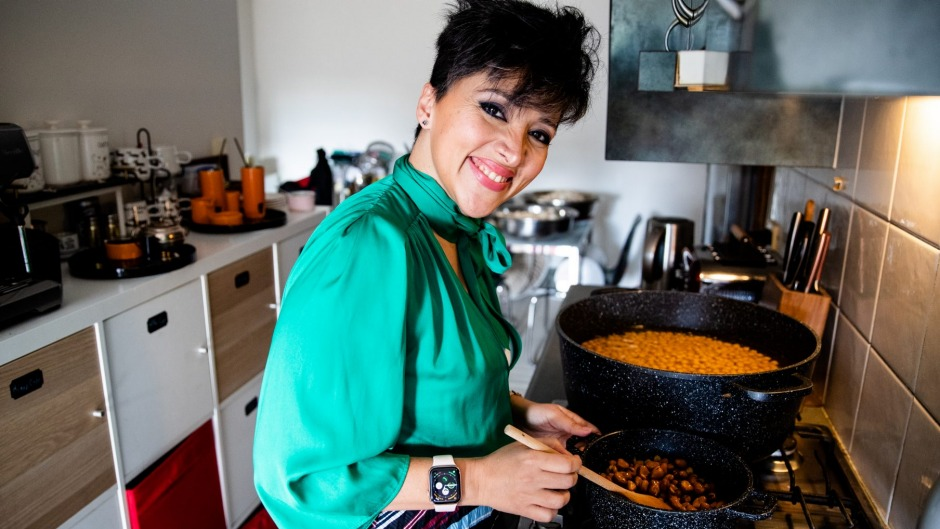 Syrian chef Racha Abou Alchamat prepares chickpeas and fava beans for a pop-up event to mark Refugee Week.