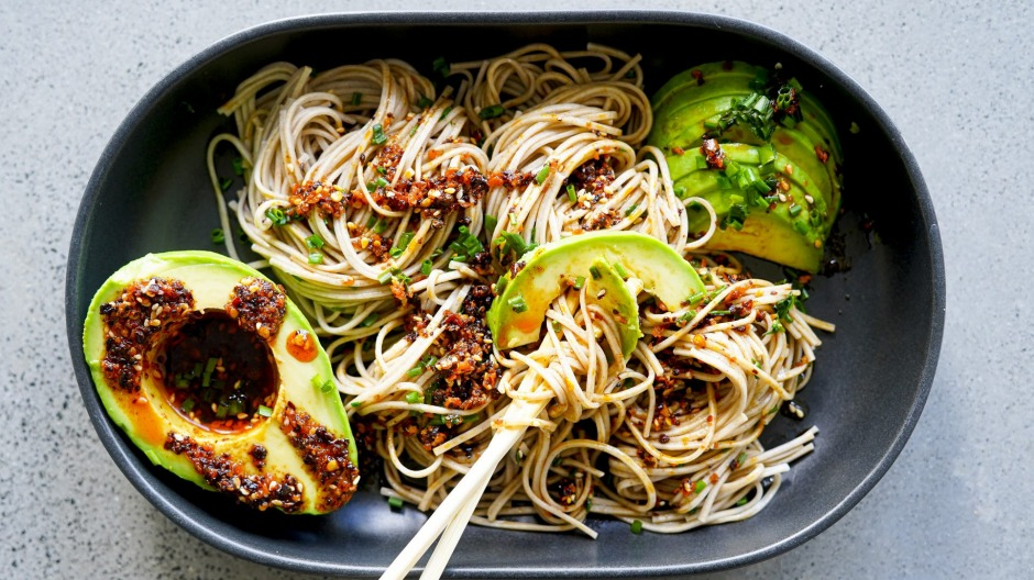 Soba noodles with cheat's crunchy chilli oil and avocado.