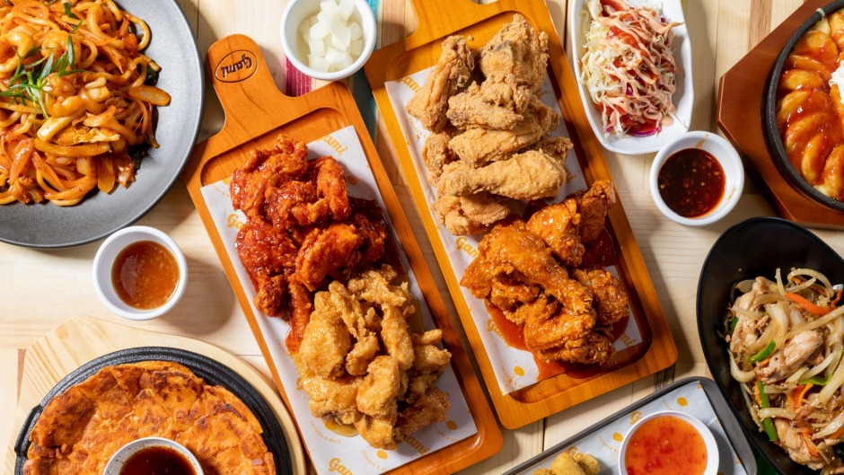 A small buffet of Korean fried chicken at Gami.